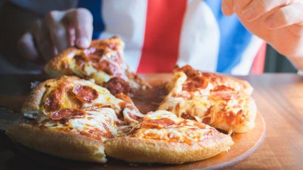 El ingrediente principal de la pizza determinará el organismo que regulará su revisión y comercialización en EE.UU. FOTO: GETTY IMAGES