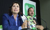 Sandra Torres y Mario Leal, candidatos presidenciales del Partido UNE,  ofrecen  una conferencia de prensa en el hotel vista real, para agradecer el voto de los guatemaltecos y piden apoyo en la segunda vuelta electoral. Fotografia Esbin Garcia