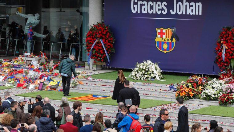 Multitudinario adiós para la leyenda Johan Cruyff. (Foto Prenesa Libre: AFP)