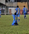 Delfino Álvarez puso a celebrar a la afición cobanera con el primer gol del partido. (Foto Prensa Libre: Eduardo Sam)