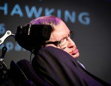 Arrestan en España a mujer que amenazó al científico Stephen Hawking. (Foto Prensa Libre: AFP).