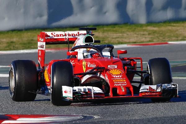 Mercedes y Ferrari avisan de su potencial en la pretemporada