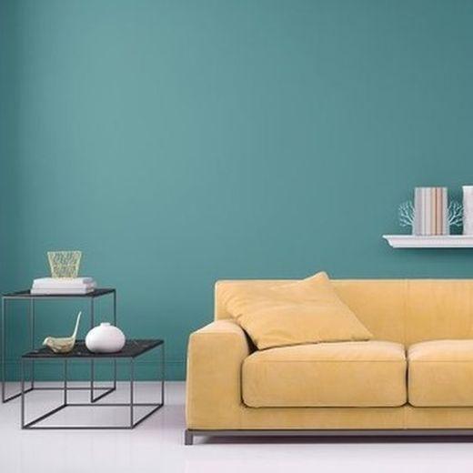 ¿Y si le cambias el color a una pared de tu salón?  (Foto Prensa Libre: GETTY IMAGES).