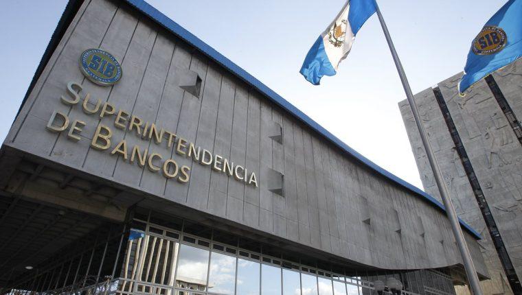 Edificio de la Superintendencia de Bancos de Guatemala, ubicado al final de la novena avenida de la zona 1.  FOTO: RODRIGO MENDEZ
