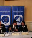 Autoridades del Instituto Nacional de Estadística, durante la conferencia de prensa donde dieron pormenores de la creación del Registro de Lugares Poblados. (Foto Prensa Libre: Sergio Morales)