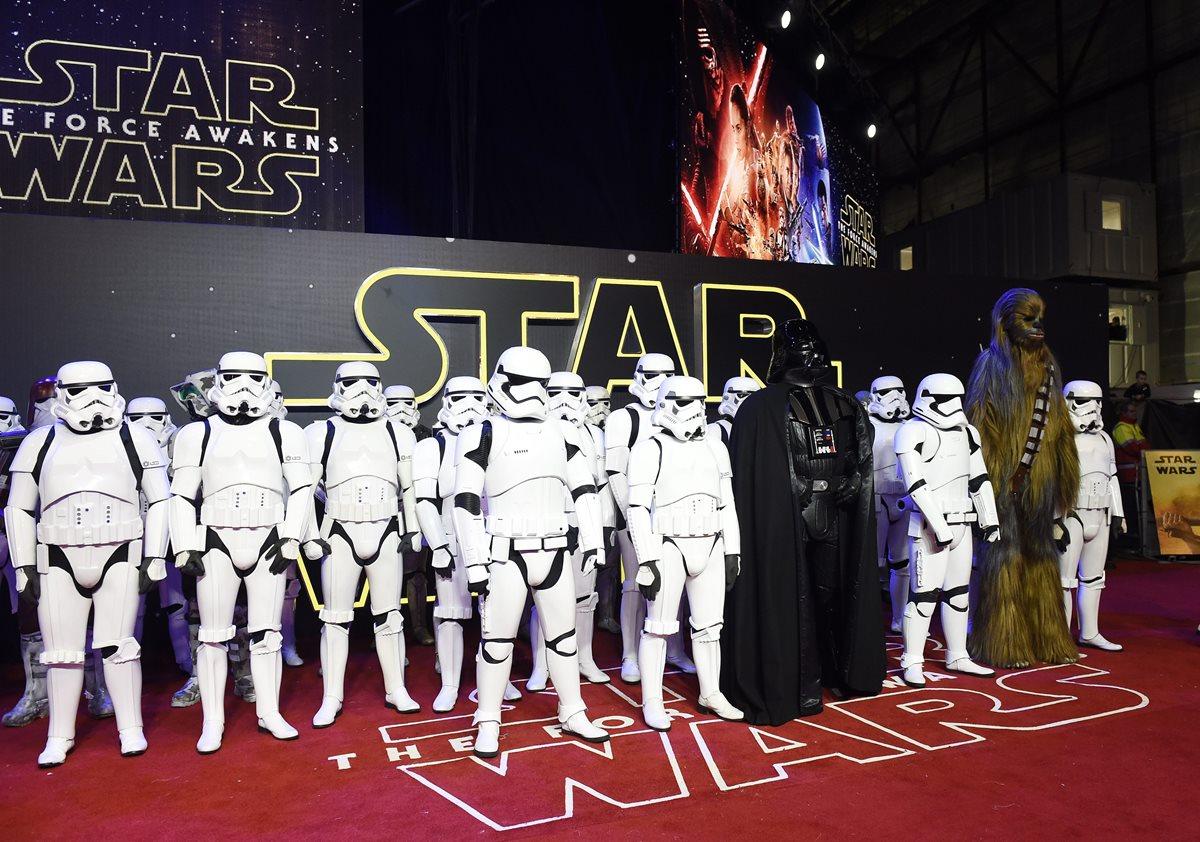 La nueva entrega de <em>La guerra de las galaxias</em> triunfa en su estreno