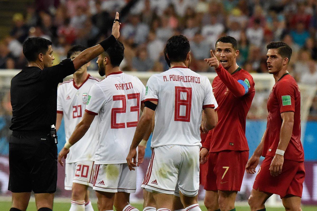 El VAR e Irán dejan segundo a Portugal con un gol de penalti