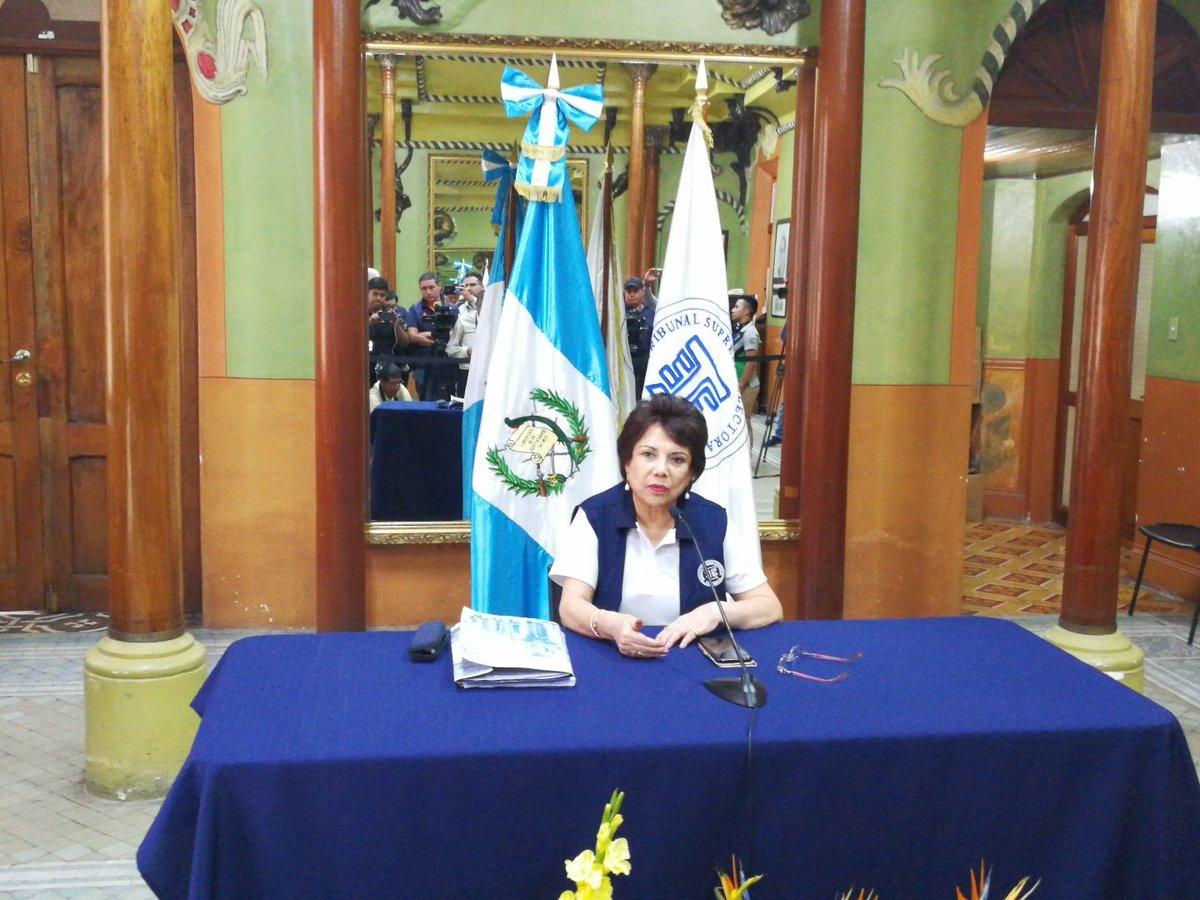 FCN-Nación y UNE cuestionan a expresidenta del TSE por nuevas auditorias a partidos