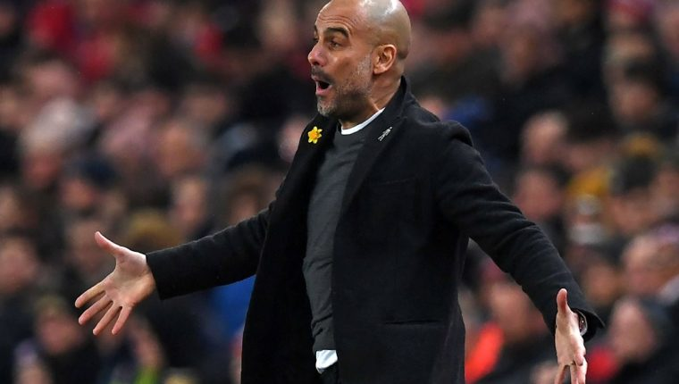 El técnico Pep Guardiola tuvo varios enfrentamientos con su cuerpo médico en el Bayern Múnich. (Foto Prensa Libre: AFP)