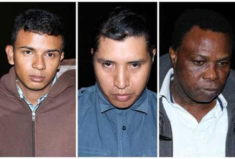 Sindicados de clonación de tarjetas. (Foto Prensa Libre: PNC)