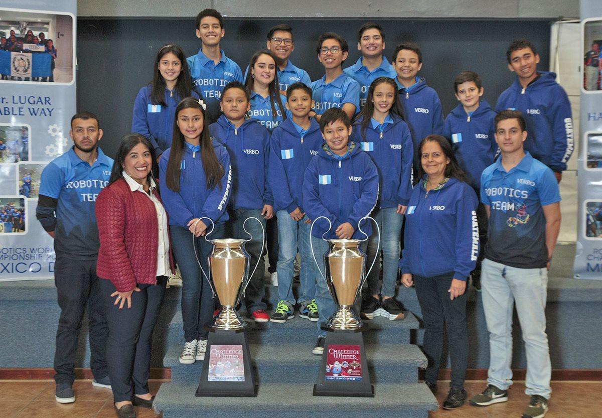 Los estudiantes destacaron y lograron poner en alto el nombre de Guatemala.