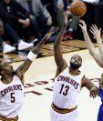 Los Cavaliers quieren arruinarle la fiesta a Golden State y remontar la serie. (Foto Prensa Libre: EFE)