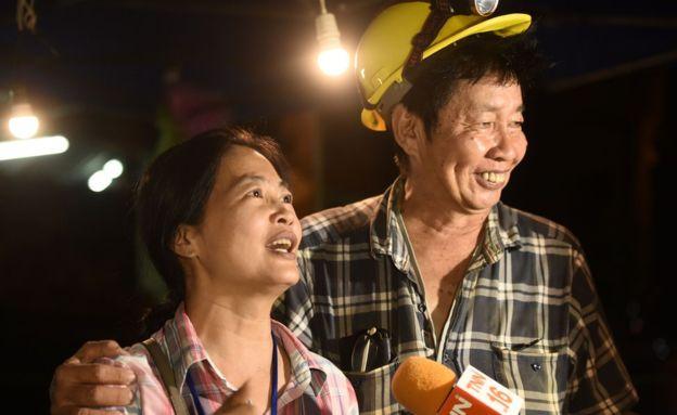 Los familiares de los niños celebraron las buenas noticias. (Getty Images)