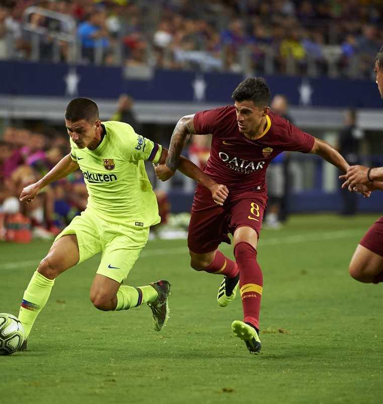 El partido entre el Barcelona y la Roma se disputó en Arlington, Texas. (Foto Prensa Libre: AFP)