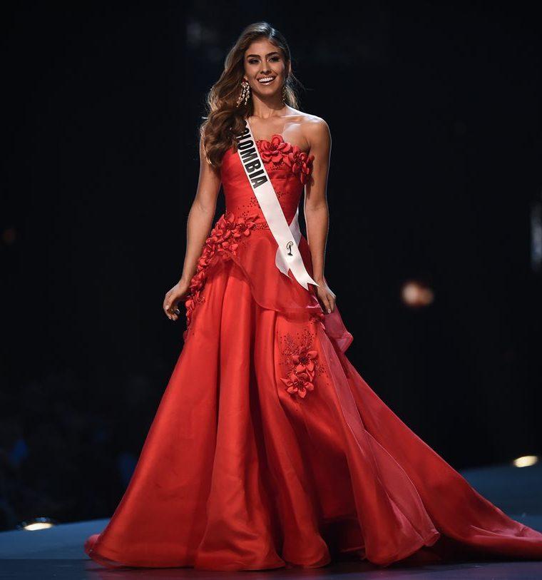 Valeria Morales, de Colombia, destacó en su traje de fantasía.