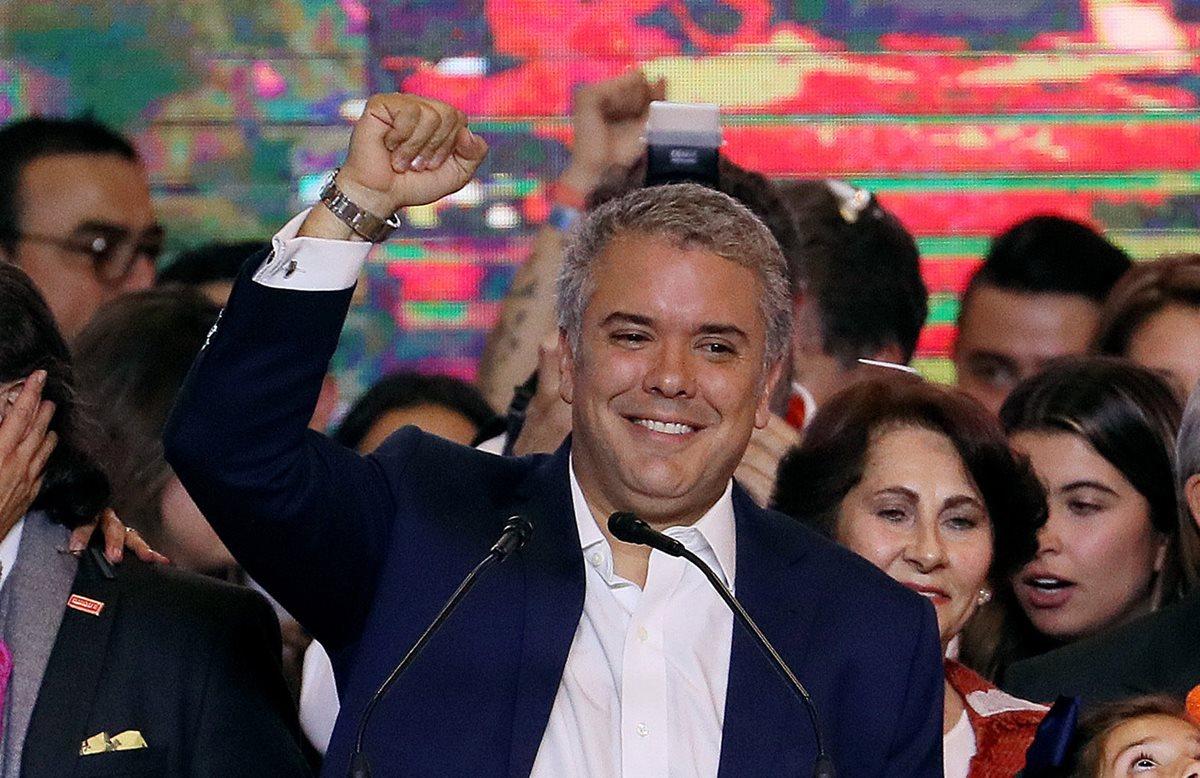 Con el 53.98 por ciento de los votos, el presidente electo Iván Duque logró vencer al exguerrillero Gustavo Petro. (EFE)