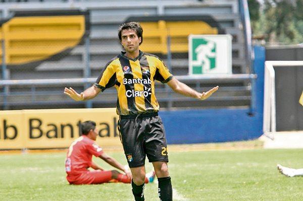 Rodrigo Cubilla anotó para Aurora el fin de semana.