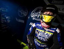 El piloto español Andreas Pérez falleció este lunes a consecuencia de un accidente sufrido el fin de semana en el circuito de Barcelona. (Foto Prensa Libre: EFE)