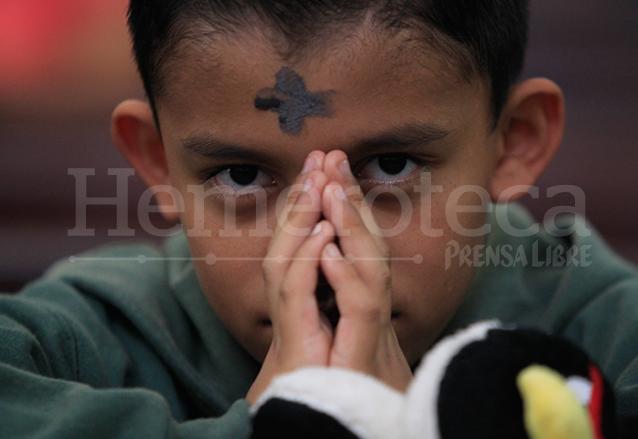 """La cruz de ceniza es un simbolo que recuerda """"del polvo eres y al polvo volverás"""". (Foto: Hemeroteca PL)"""