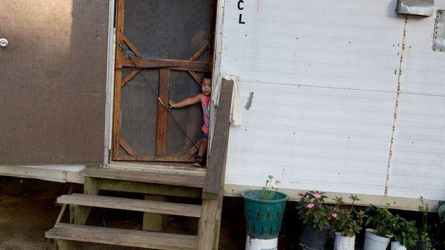 Al igual que la riqueza, la pobreza también se transmite entre generaciones en Estados Unidos. FOTO: GETTY IMAGES