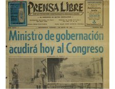03/05/1974 Portada de Prensa Libre luego de los disturbios del primero de mayo, el ministro fue llamado por los diputados. (Foto: Hemeroteca PL)