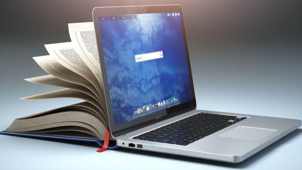 La tecnología va a revolucionar también el mundo de la literatura, tanto de la lectura como de la creación literaria. GETTY IMAGES