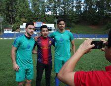El delantero guatemalteco Henry López (i) tendrá en Cobán Imperial a su segundo equipo en la Liga Nacional (Foto Prensa Libre: Eduardo Sam)
