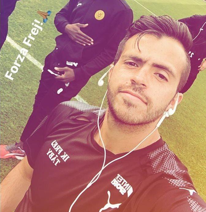 Rodrigo Saravia mostró su alegría en la red social Instagram. (Foto Prensa Libre: @rodriss6)