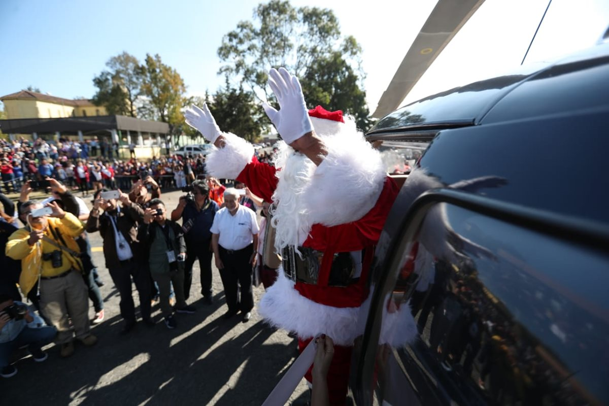 Santa Claus visita hospital General