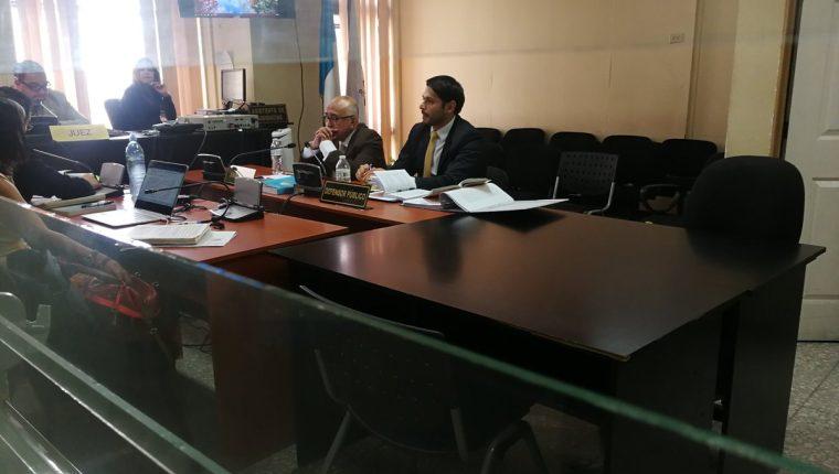 El exmagistrado judicial Gustavo Mendizabal enfrentará un debate por tráfico de influencias. (Foto Prensa Libre: Kenneth Monzón)