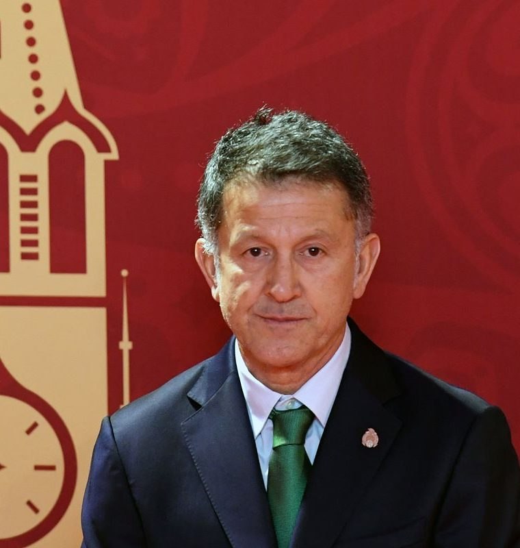 Mexico's national football team coach Juan Carlos Osorio arrives to attend the Final Draw for the 2018 FIFA World Cup football tournament at the State Kremlin Palace in Moscow on December 01, 2017. / AFP PHOTO / Kirill KUDRYAVTSEV
