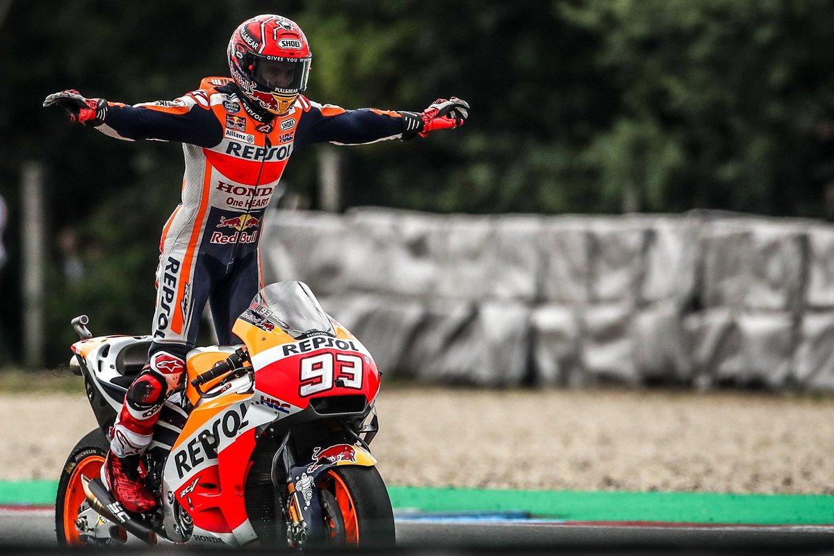 Márquez da una lección de estratega y logra un triunfo importante en MotoGP