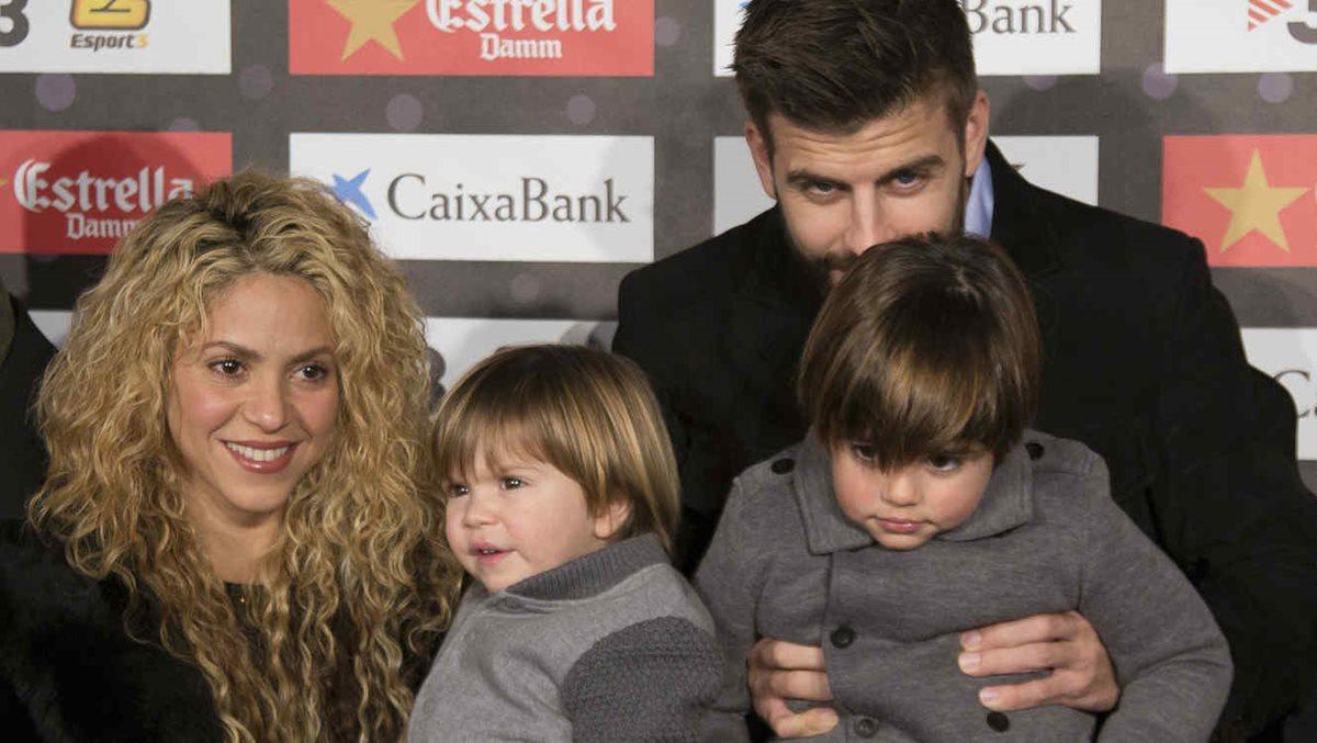 Shakira tiene dos hijos con Gerard Piqué. Según la astróloga Mhoni Vidente, espera su tercer hijo.