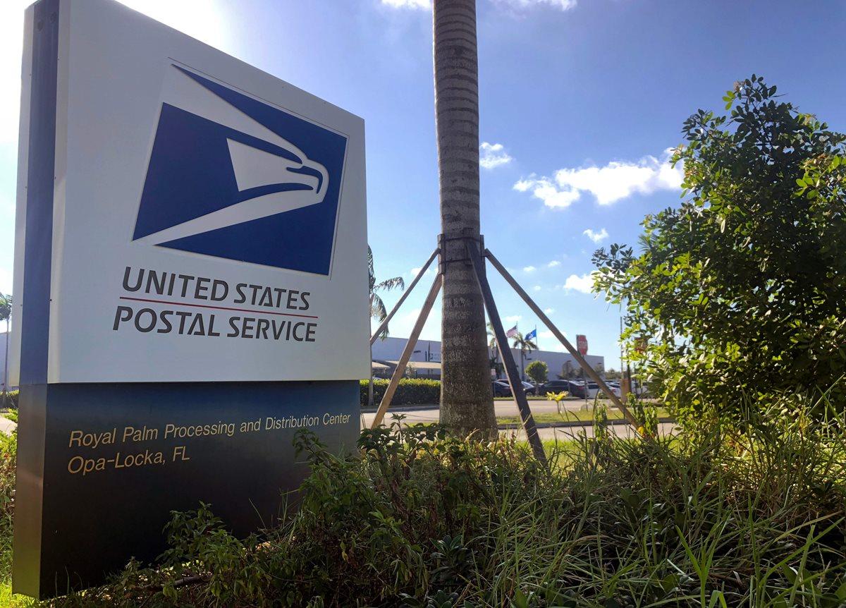 Servicio postal de Opa-Locka, Florida, es investigado por el envío de paquetes. (Foto Prensa Libre: AFP)