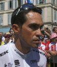 El ciclista español Alberto Contador confesó sentir el cuerpo adolorido después de las dos caídas que sufrió en el Tour de Francia. (Foto Prensa Libre: AP)