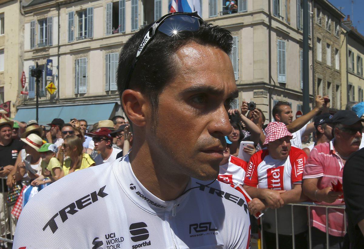 """""""Tengo todo el cuerpo dolorido"""", afirma Contador, que solo piensa en recuperarse"""