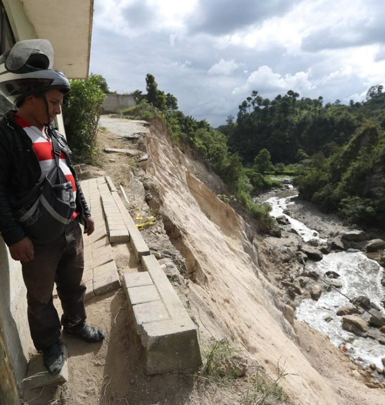La próxima semana Covial presentará a la comuna local las propuestas para reparar el área.(Prensa Libre: Óscar Rivas)