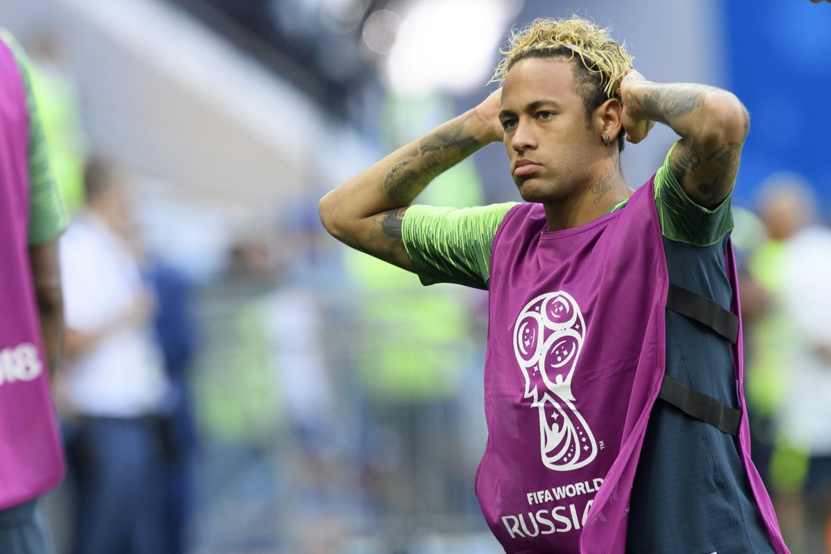 Tité quiere resguardar lo más que pueda a su máxima figura en Brasil, Neymar Jr. (Foto Prensa Libre: AFP)