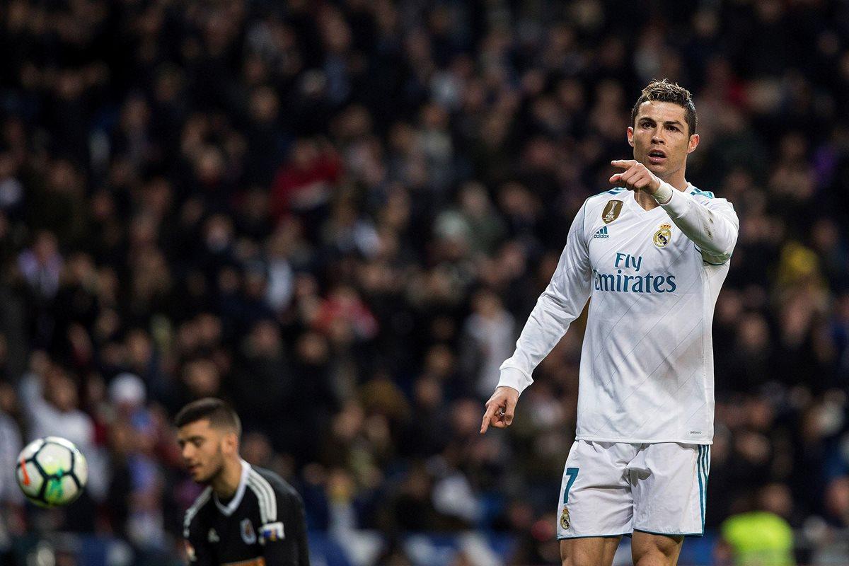 Cristiano Ronaldo llegará con una motivación extra al encuentro contra el PSG, luego de marcar el triplete perfecto el pasado sábado. (Foto Prensa Libre: EFE)