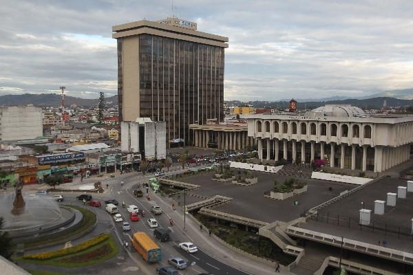Guatemala enfrenta prueba de fuego para mantener calificación riesgo país