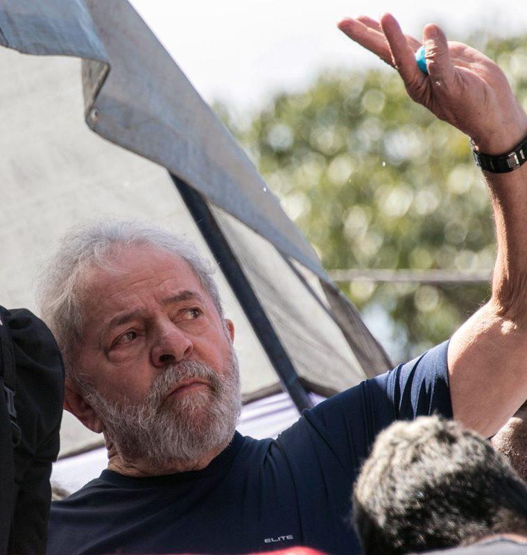 El expresidente de Brasil, Luiz Inácio Lula da Silva enfrenta una sentencia de 12 años por corrupción. (AFP).