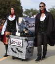 En EE.UU. los disfraces son parte importante de la celebración de Halloween. (Foto Prensa Libre: AFP)