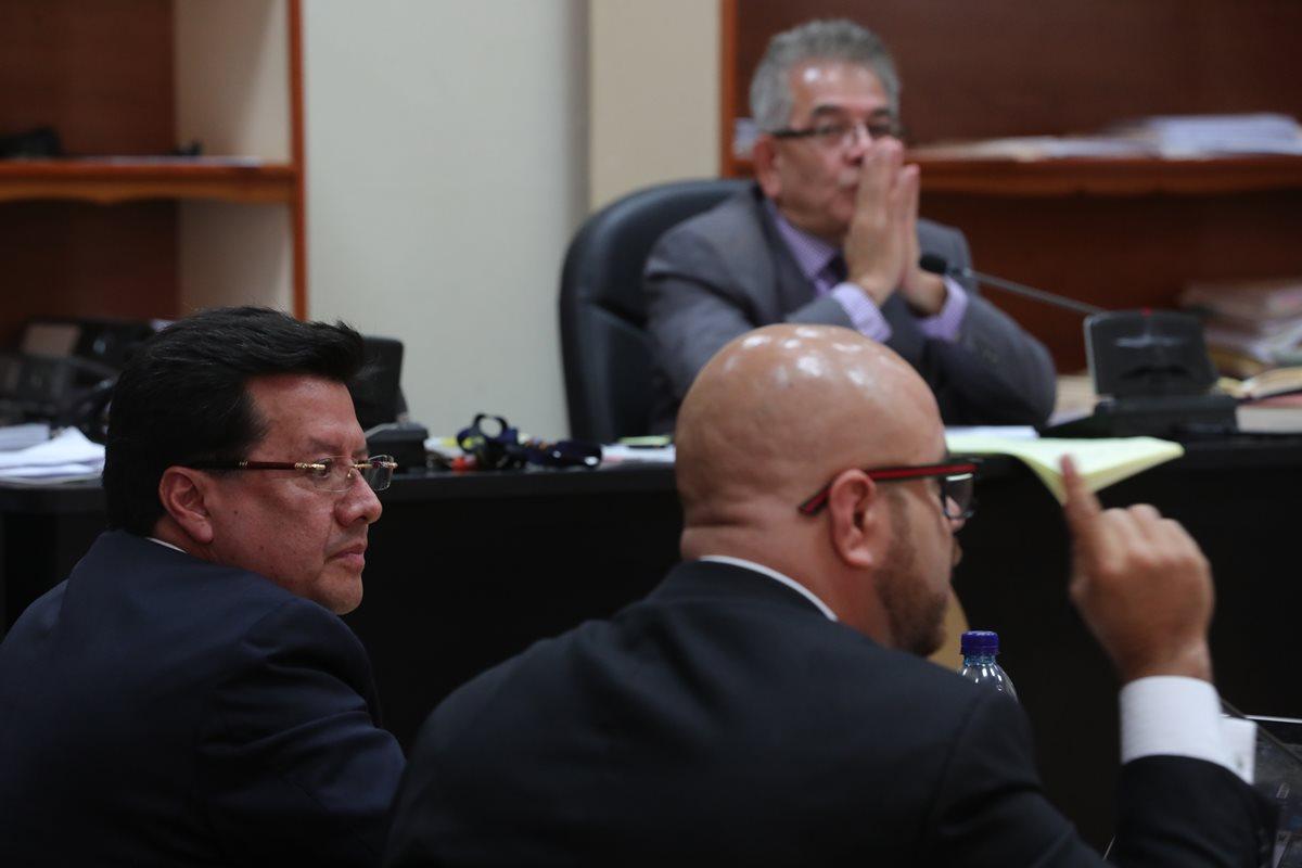 Se retrasa sentencia en proceso abreviado contra Douglas Charchal