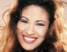 Selena Quintanilla inició su carrera a los 9 años junto a sus hermanos Suzette y Abraham Quintanilla III y grabó su primer álbum a los 12 años. (Foto prensa Libre: cdn2www.mundo.com)