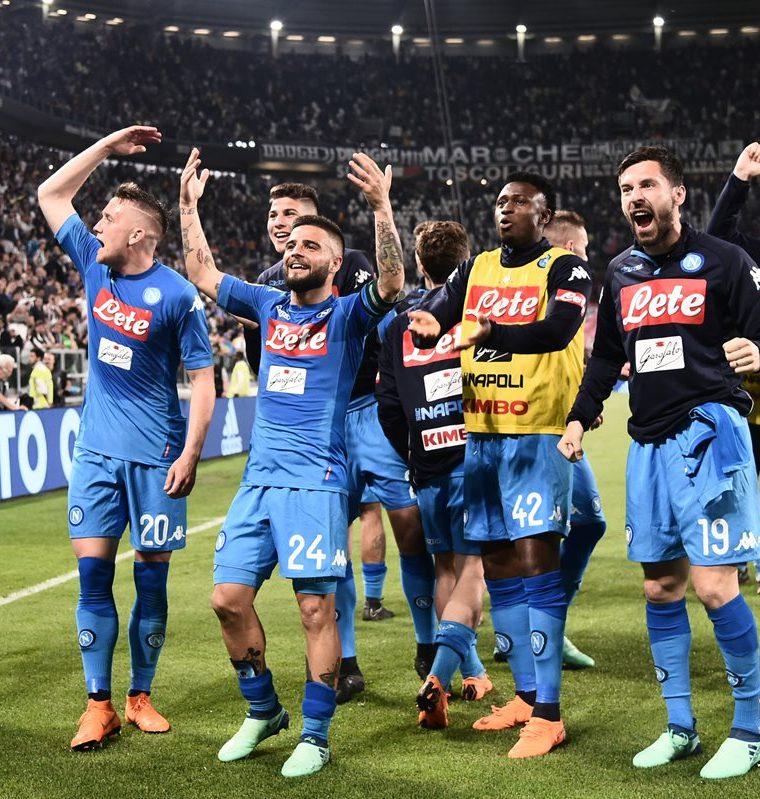 Así celebraron la victoria contra la Juventus los jugadores del Nápoles. (Foto Prensa Libre: AFP)