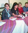 Organizaciones civiles criticaron que no existen planes de Estado para atender el derecho a la Salud. (Prensa Libre: Foto Andrea Orozco).