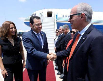 Cancillería confirmó que el dueño de famosos casinos en Las Vegas fue quien pagó el avión privado para Jimmy Morales. (Foto Prensa Libre: Hemeroteca PL)
