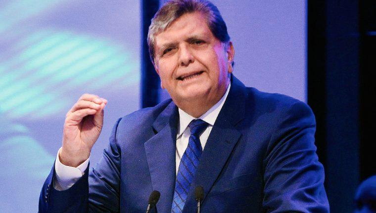 El expresidente peruano Alan García habla durante la Conferencia Anual de Ejecutivos de Empresas.  (PL-EFE)