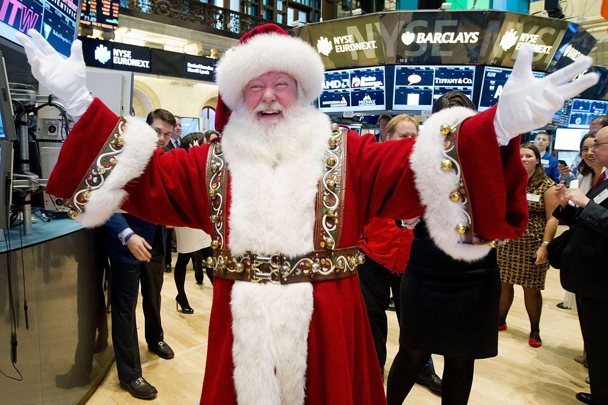 Los corredores de la bolsa esperaron este año en vano a Santa Claus. (Foto Hemeroteca PL)
