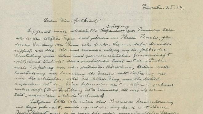 La carta, de dos páginas y escrita en alemán, está fechada el 3 de enero de 1954. REUTERS